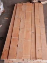 Hardwood  Sawn Timber - Lumber - Planed Timber Beech Europe - Beech lumber edged lightly steamed and unsteamed