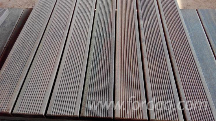 IPE-OR-MASSARANDUBA-DECKING