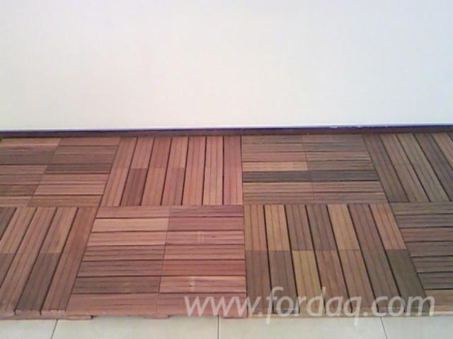 caillebotis bois exotique cool monter une terrasse sur un petite surface with caillebotis bois. Black Bedroom Furniture Sets. Home Design Ideas