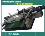 Woodworking Machinery China - Spindleless peeling machine
