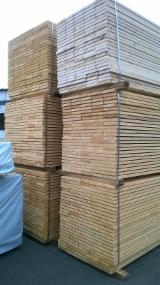 Find best timber supplies on Fordaq Spruce/pine fresh sawn timber