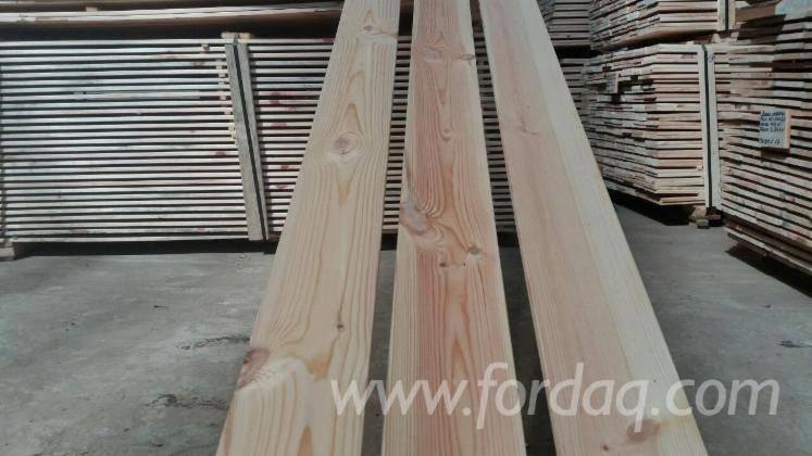 Planed-pine-boards-S4S