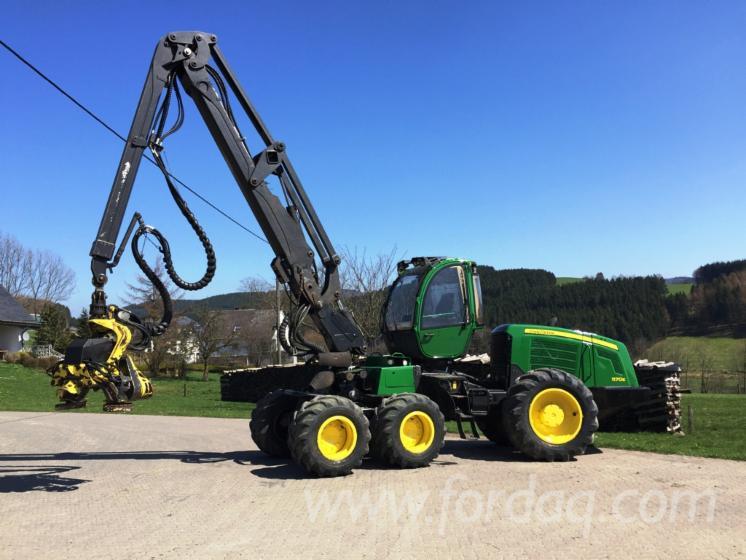 Used-2008-John-Deere-1170E-Harvester-in