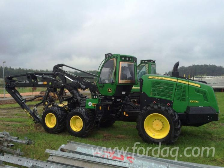 Used-2016-John-Deere-1270G-6WD-Harvester-in