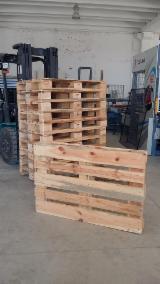 Palettes en bois type epal