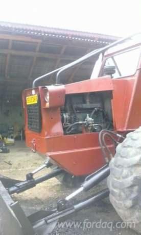 Used----Articulated-Skidder-in