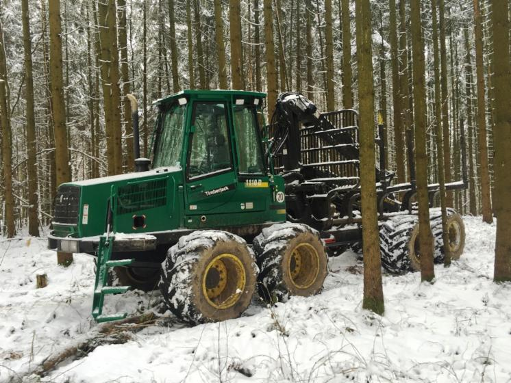 Used-2005-Timberjack-Forwarder-in