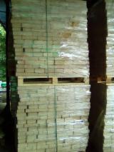 Finden Sie Holzlieferanten auf Fordaq - SC BARLINEK ROMANIA SA - Eiche Holzbriketts 80 mm