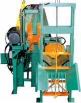 Unité Combinée Fendre Et Scier - Combinés tronçonneuses / fendeuses industriels pour la production de bois de chauffage en bûches.