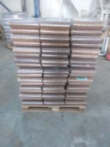 Wood for sale - Register on Fordaq to see wood offers - Beech Briquets 85 mm