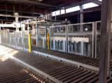Finden Sie Holzlieferanten auf Fordaq - Heindl Handels GmbH - Plattenausbesserungs und Formatierlinie Bargstedt