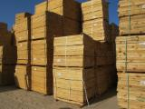 KD and AST softwood pallet elements