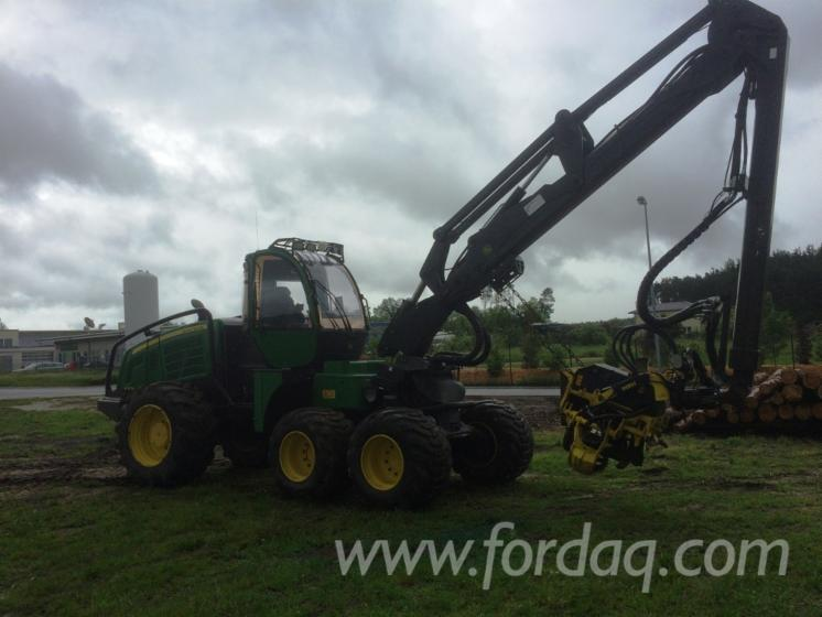 Used-2014-John-Deere-Harvester-in