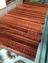 Tropical Wood  Logs For Sale - Snakewood in round logs