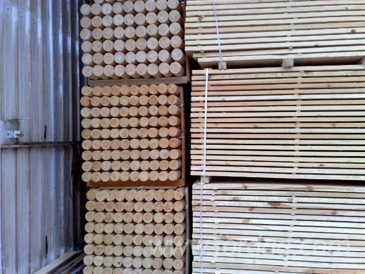 Vend piquets tuteurs pin bois rouge lettonie - Tuteur bois brico depot ...