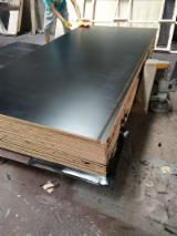Black film plywood 1200x1800x17mm