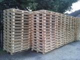 Pallets – Packaging For Sale - Selling new industrial pallets