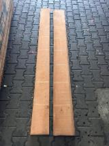 Laubholz  Blockware, Unbesäumtes Holz Zu Verkaufen - Kirschbaum, Black Cherry unbesäumte Ware ungedämpft KD 32mm