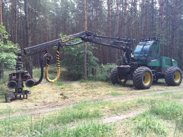 Used-2000-Timberjack-Harvester-in