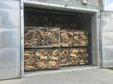 Firelogs - Pellets - Chips - Dust – Edgings - Kiln dried Beech Firewood ; 1 / 1.7 / 2 Cubic Metres Crates (Pallets)