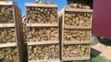 Bois De Chauffage, Granulés Et Résidus Sec À L'air 6 Mois - Vend Bûches Fendues Chêne