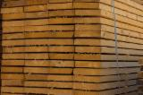 Hardwood - Square-Edged Sawn Timber - Lumber Supplies - Planks (boards) , Molid, verde/ uscata