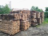 Laubholz  Blockware, Unbesäumtes Holz Rumänien - Loseware, Kirsche