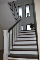 Uşi, Ferestre, Scări Romania - Producator usi si ferestre din lemn stratificat din Molid,Pin,Tei,Stejar,Frasin