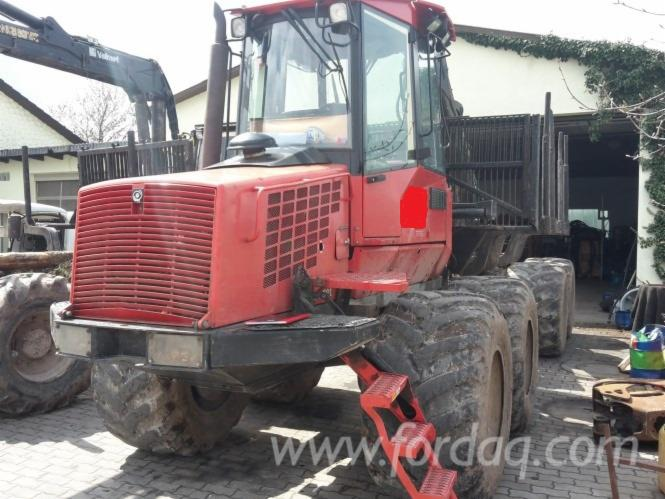 Used-Valmet---12254-h-840-3-2007-Forwarder-in