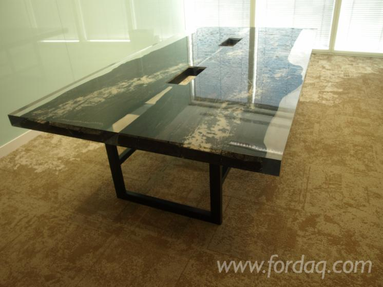 -Conference-table-with-resin-and-BOG-OAK-600-6500-years-old--MOOREICHE--MORTA--BLACK-OAK