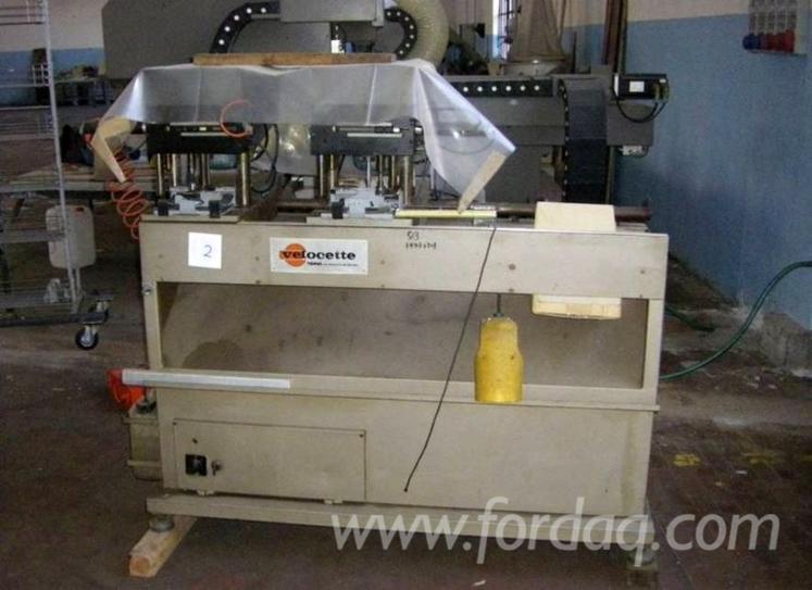 CNC-machining-center-for-doors-manufacture-Masterwood