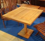 Meubles De Cuisine - Tableau HOLM pour une utilisation intérieure. Aussi pourrait être vendu uniquement table. Thermo Hornbeam (Carpinus) / Thermo Ash