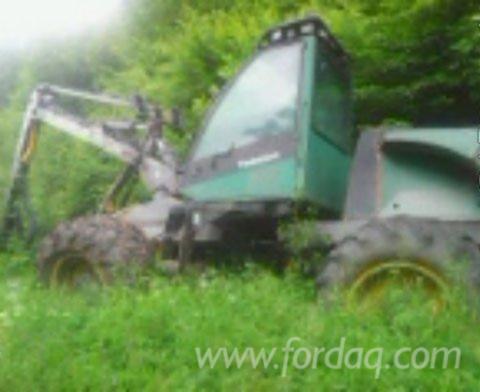 Used-Timberjack-1989-Harvester-in