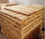 Sawn Timber for sale. Wholesale Sawn Timber exporters - RUBBER WOOD KD 10%+/-2%, EDGED FROM VIETNAM