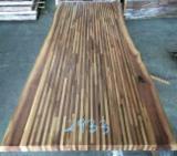 Panneaux En Bois Massifs Asie - Vend Panneau Massif 1 Pli Noyer Noir 40-45 mm