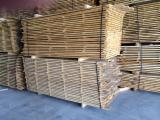 Pallet lumber - Pre-edged oak lumber for sale
