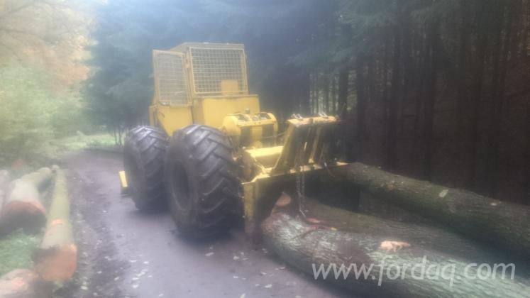 Used-LKT-81-1988-Skidder-in