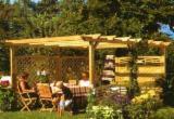 Gartenprodukte Rumänien - Fichte  , Verkaufsstand - Gartenlaube