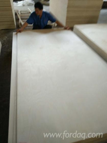 Furniture grade Birch plywood boards