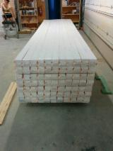 21x95 AB quality 4 sides planed timber sawn surface