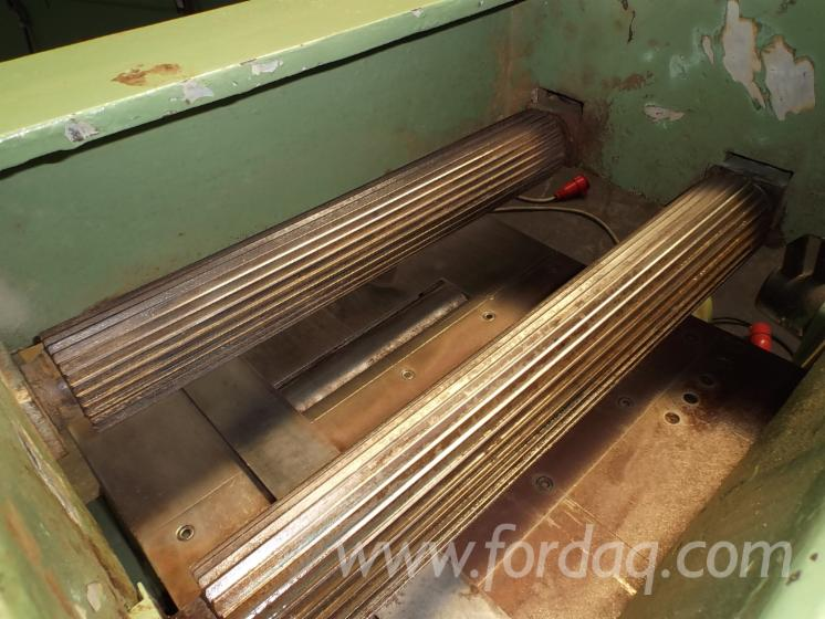 Used ULTRAOLON 1988 Moulding Machines For Three- And Four ...