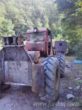 Used-657-Articulated-Skidder-in