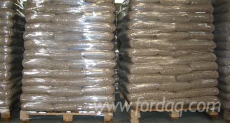 Wood-Pellets-6mm-EnPlus-15kg
