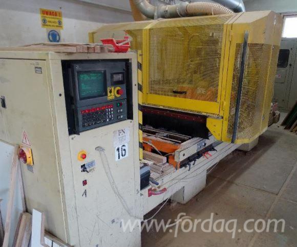 CNC-machining-center-Morbidelli