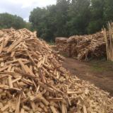 Oak  Firewood, Pellets And Residues - Oak  Off-Cuts/Edgings 20-100 mm