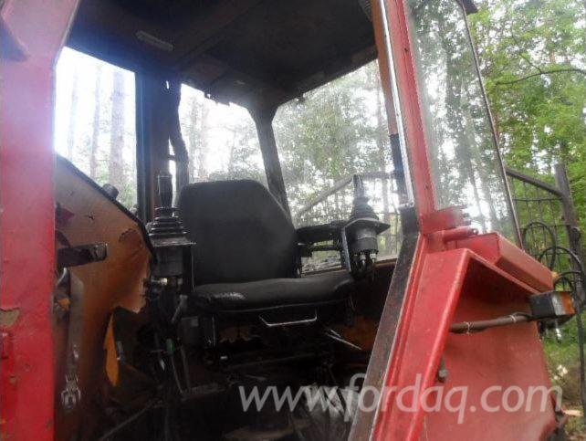 Forestry-equipment-forwarder-Lokomo-919-Turbo