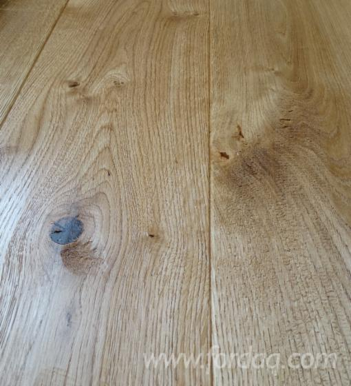 Layered-oak-floor-boards--oak-REBUSTA---strong-Rustyk