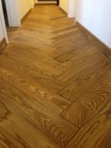 Lithuania Engineered Wood Flooring - 13-21 mm Oak (european) Engineered Wood Flooring in Lithuania