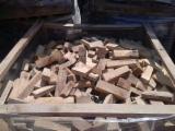 Firewood - Chips - Pellets Supplies - Beech (europe) Off-cuts/edgings 30 cm