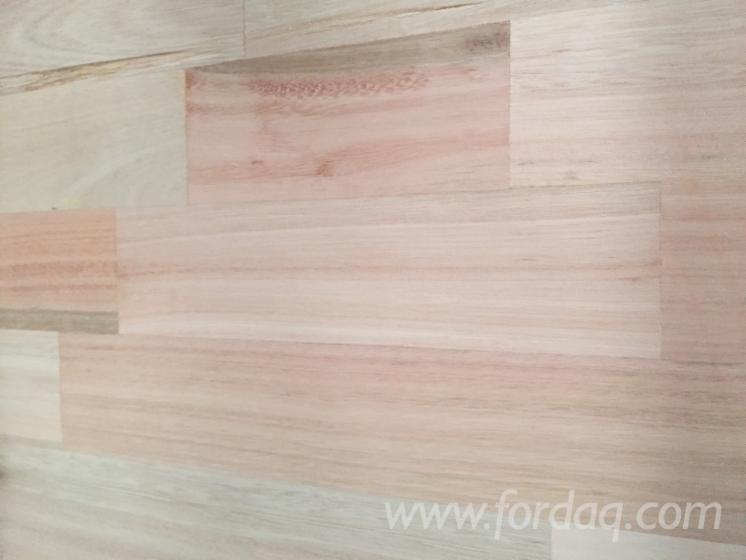 1 Schicht Massivholzplatten, Eukalyptus